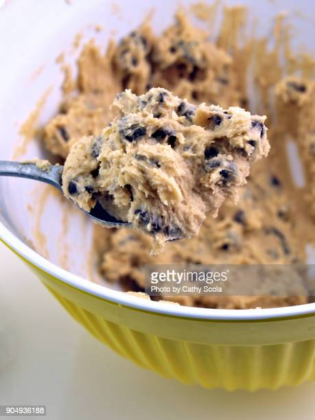 chocolate chip cookie dough - dough stock pictures, royalty-free photos & images