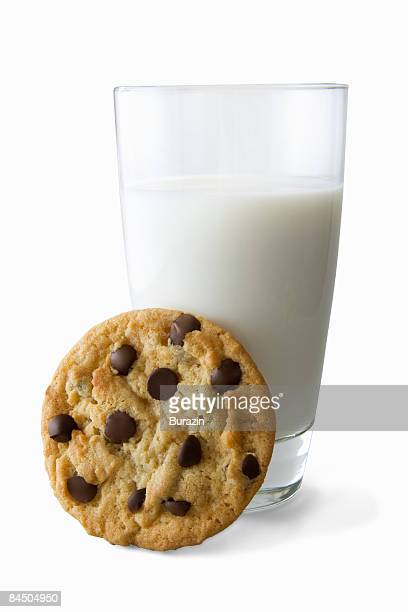 chocolate chip cookie with milk - things that go together stock pictures, royalty-free photos & images