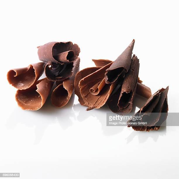 Chocolate curls (dark and milk chocolate)