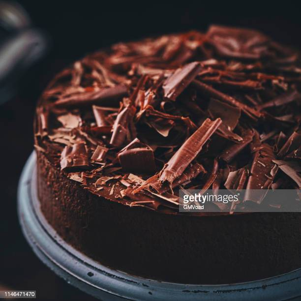 chocolate layer cake - cake stock pictures, royalty-free photos & images