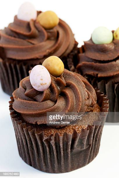 chocolate muffins - andrew dernie stock pictures, royalty-free photos & images
