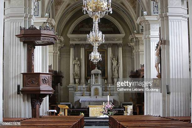 choir. collegiate church saint-jacques sallanches. - sallanches stock pictures, royalty-free photos & images