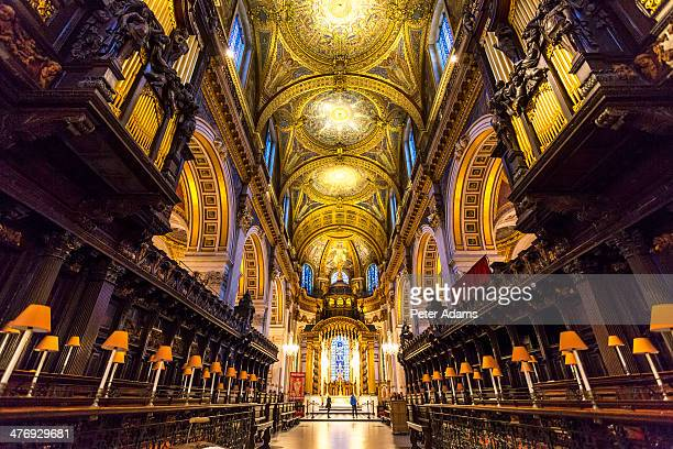 Choir stalls, altar & roof, St Pauls Cathedral