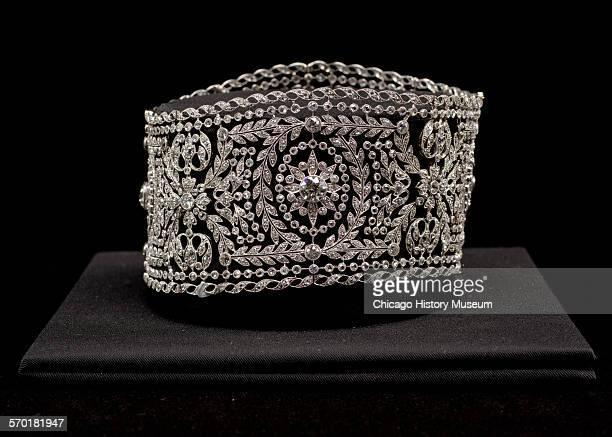 Chokerstyle necklace of platinum and diamonds worn by Bertha Palmer 1900