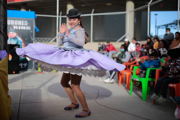 BOL: Cholitas Wrestling Fight Returns In Bolivia Amid Coronavirus Pandemic