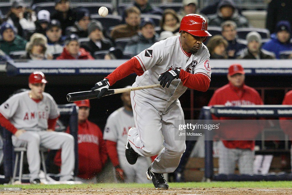 Los Angeles Angels of Anaheim v New York Yankees, Game 1 : News Photo