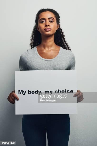 私は私の体をどうかを選んでください。 - human body part ストックフォトと画像
