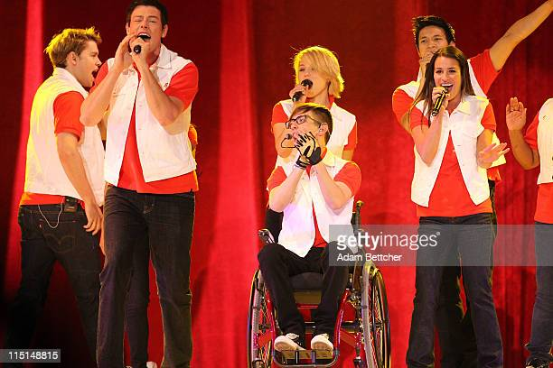 """Chord Overstreet, Cory Monteith, Kevin McHale, Dianna Agron, Harry Shum, Jr and Lea Michele of the TV show """"Glee"""" perform during Glee Live! In..."""