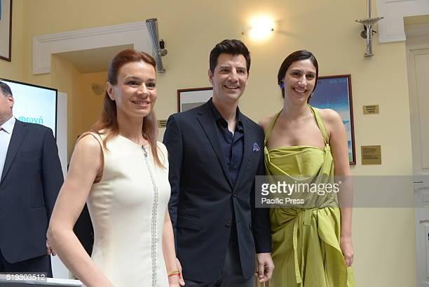 STADIUM ATHENS ATTKI GREECE Choreographer Artemis Ignatiou Sakis Rouvas of the support program of the Greek Olympic Team 'Greece Can Do it' and Eleni...