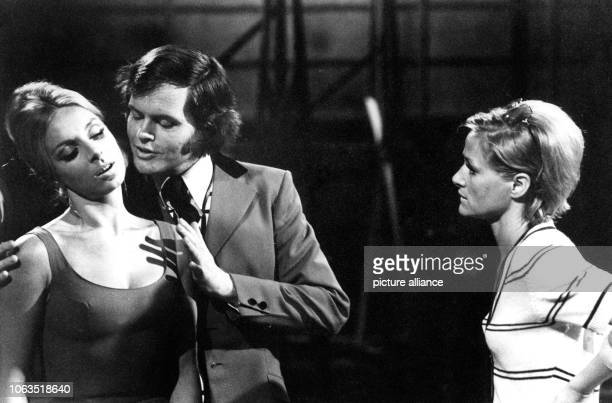 Choreographer Irene Mann with actors Gene Reed and Iris Wachalowsky during the rehearsal for her own tv show 'Irene Mann Show', on 11 August 1971....