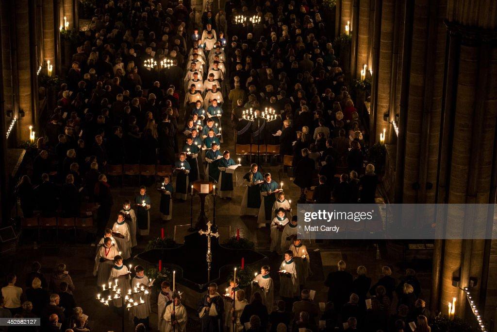 Darkness To Light Advent Procession Starts Salisbury Cathedral's Christmas Season : News Photo