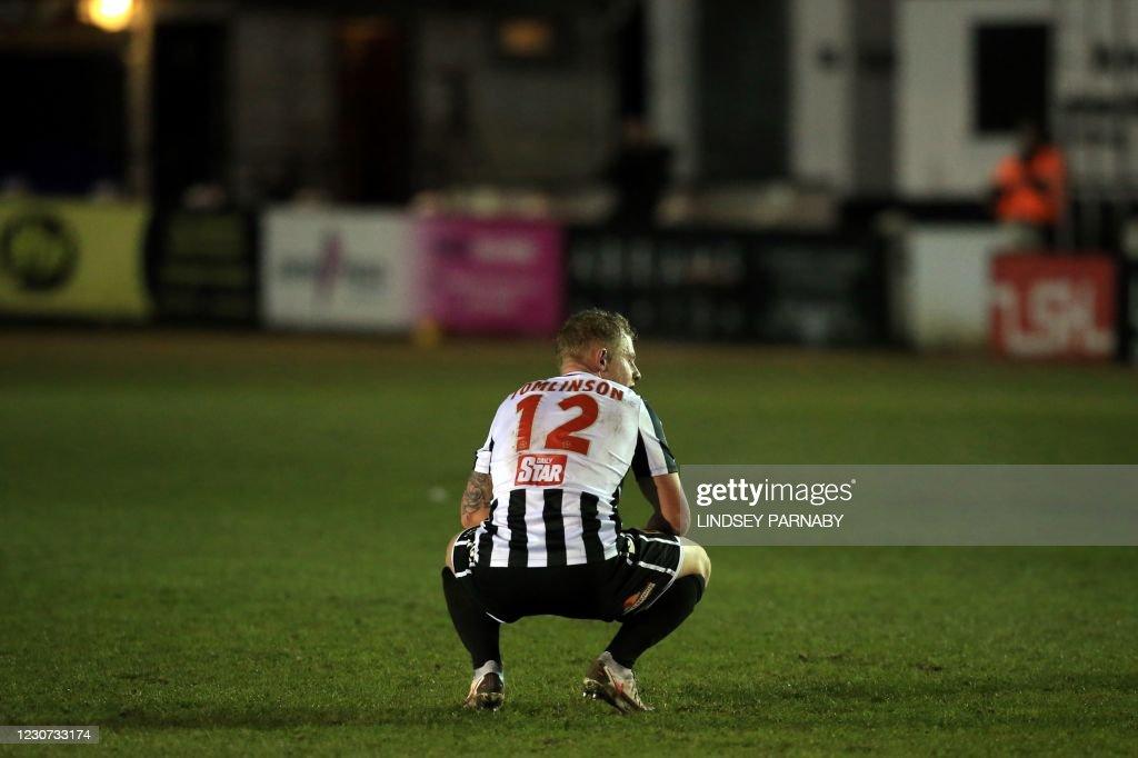 FBL-ENG-FA CUP-CHORLEY-WOLVES : News Photo