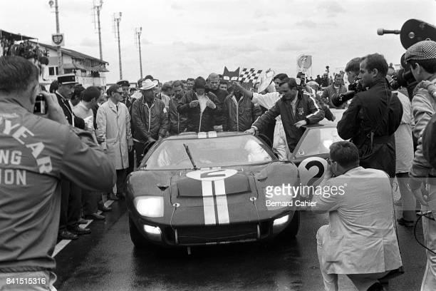 Chris Amon Bruce McLaren Ford Mk II 24 Hours of Le Mans Le Mans 19 June 1966