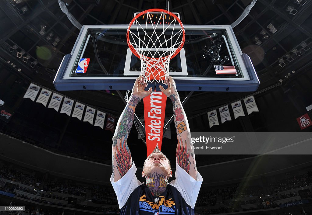 Chris Andersen #11 of the Denver Nuggets gets ready for the game against the Detroit Pistons on March 12, 2011 at the Pepsi Center in Denver, Colorado.