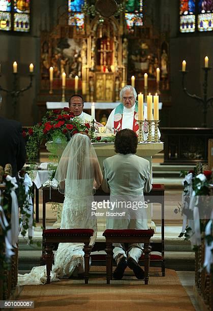 Chris Andrews Ehefrau Alexandra Jostes Hochzeit Stiftskirche Schloss Cappenberg Schlossberg NordrheinWestfalen Deutschland Europa kirchliche...