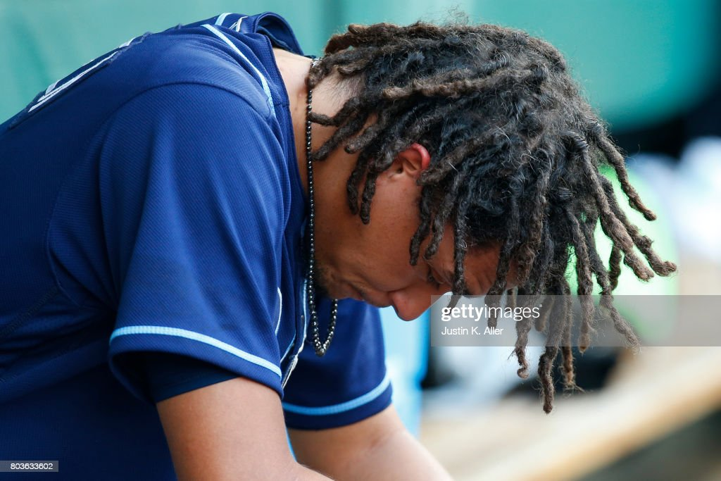 Chris Archer #22 of the Tampa Bay Rays reacts against the Pittsburgh Pirates during inter-league play at PNC Park on June 29, 2017 in Pittsburgh, Pennsylvania.