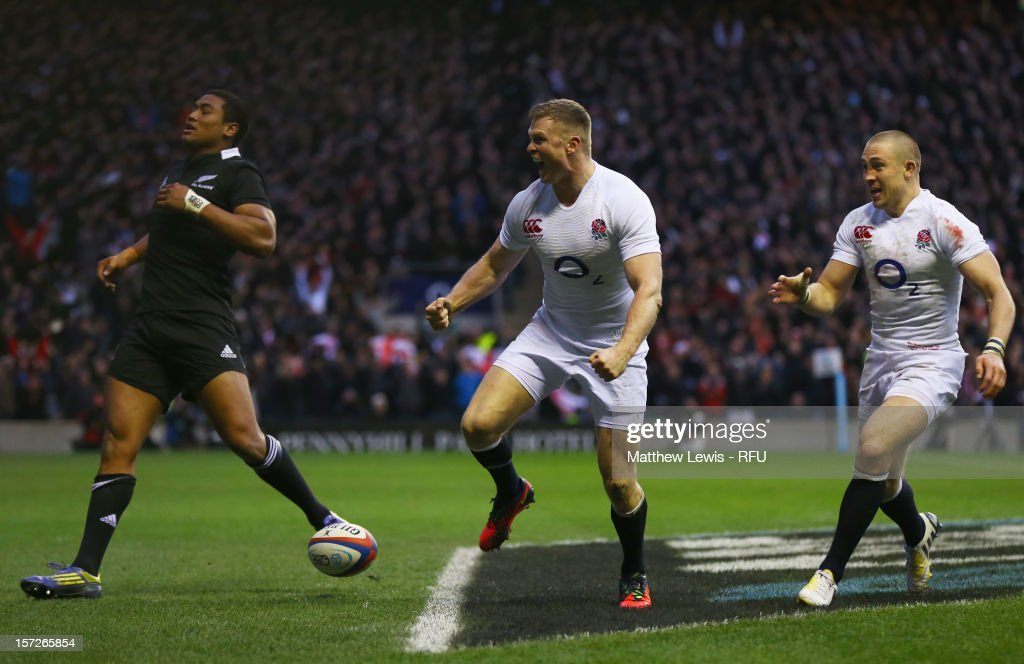 Chris Ashton of England celebrates scoring his try during the QBE International match between England and New Zealand at Twickenham Stadium on December 1, 2012 in London, England.