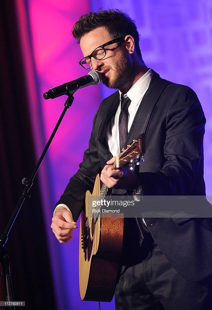 42nd Annual GMA Dove Awards - Show : News Photo