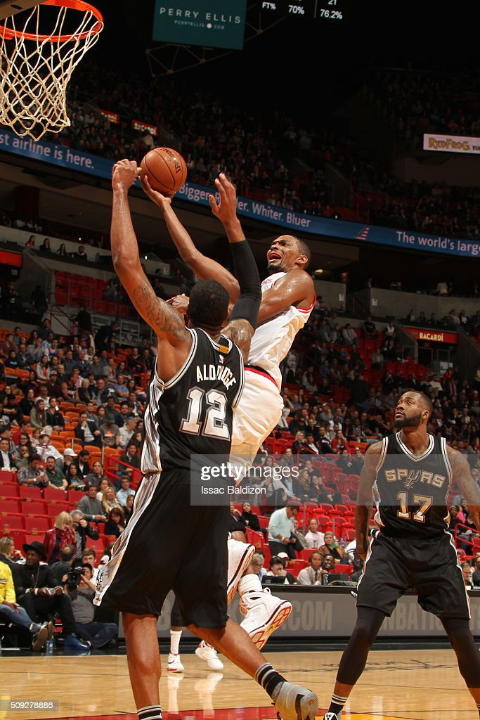 Chris Bosh #1 of the Miami Heat shoots the ball against the San Antonio Spurs on February 9, 2016 at American Airlines Arena in Miami, Florida.