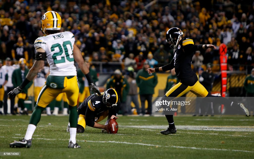 Chris Boswell #9 of the Pittsburgh Steelers kicks a 53 yard field goal to give the Pittsburgh Steelers a 31-28 win over the Green Bay Packers at Heinz Field on November 26, 2017 in Pittsburgh, Pennsylvania.