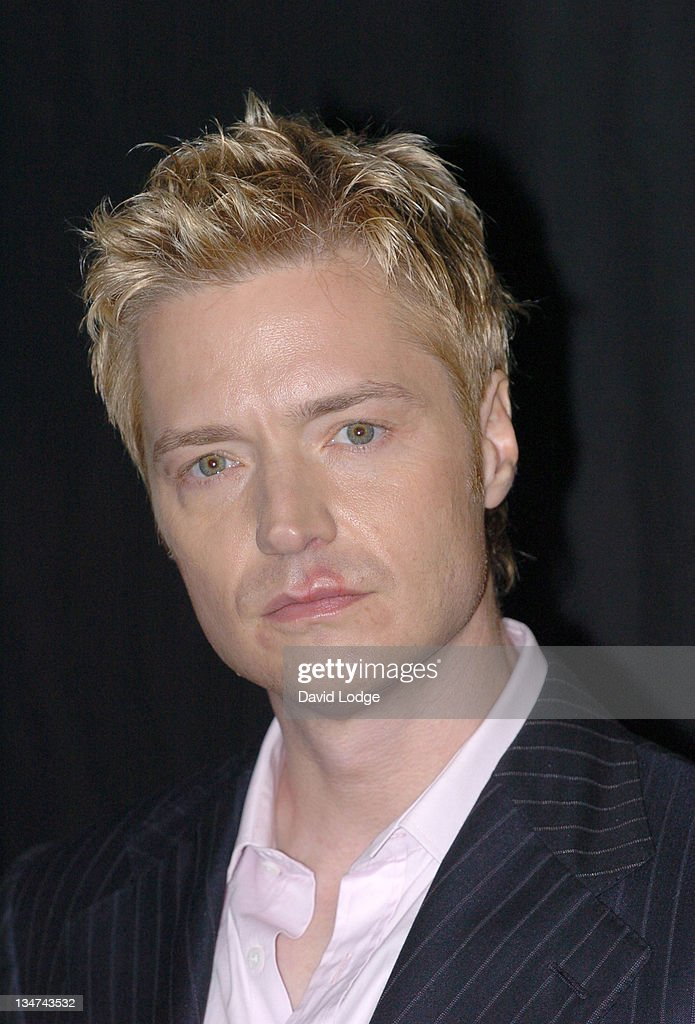 Chris Botti In-Store Appearance at HMV in London - September 26, 2005