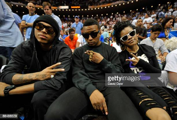 Chris Brown and friends watch the Orlando Magic play against the Los Angeles Lakers during Game Five of the 2009 NBA Finals at Amway Arena on June 14...