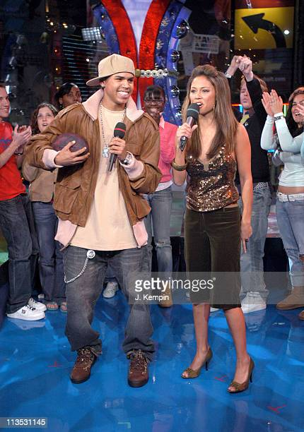 Chris Brown and Vanessa Minnillo during Shaun White Hannah Teter and Chris Brown Visit MTV's TRL November 30 2005 at MTV Studios in New York City New...