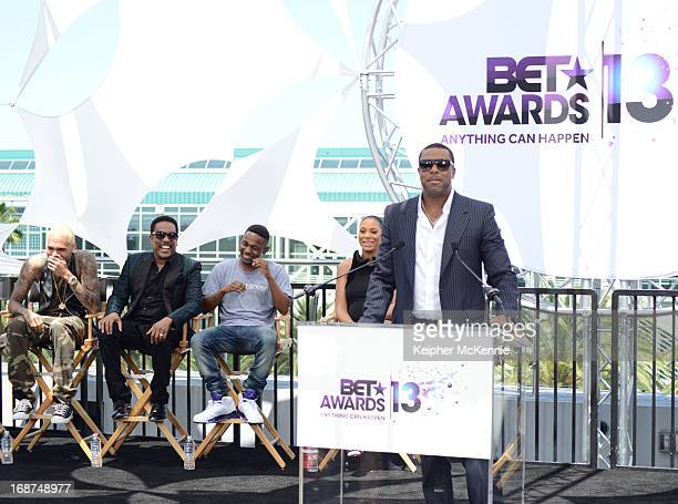 Chris Brown Charlie Wilson Kendrick Lamar Tamar Braxton and Chris Tucker on stage at the 2013 BET Awards press conference at Icon Ultra Lounge on May...