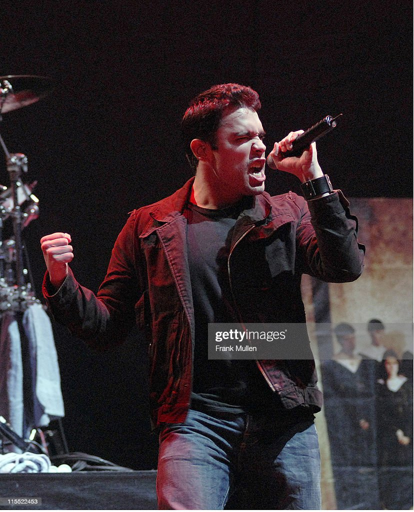 Trapt in Concert at Gwinnett Center in Duluth - March 17, 2006 : News Photo