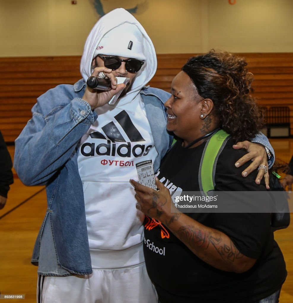 Chris Brown Make Surprise Appearance and Charitable Donation in Atlanta