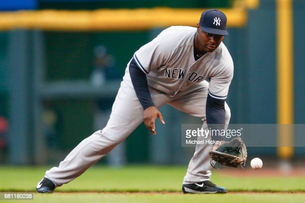 Chris Carter of the New York Yankees fields the ball during the second inning against the Cincinnati Reds at Great American Ball Park on May 9 2017...