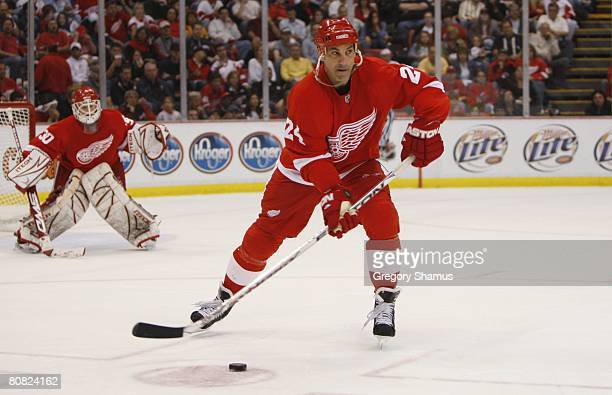 Chris Chelios of the Detroit Red Wings passes the puck against the Nashville Predators during game five of the 2008 NHL Stanley Cup Playoffs Western...