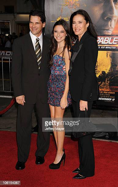 Chris Ciaffa Lucy RogersCiaffa and Mimi Rogers arrive at the Unstoppable Los Angeles Premiere at Regency Village Theatre on October 26 2010 in...