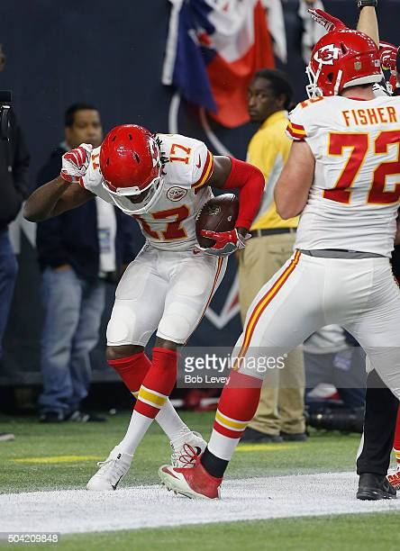 Chris Conley of the Kansas City Chiefs celebrates scoring a touchdown against the Houston Texans in the third quarter during the AFC Wild Card...