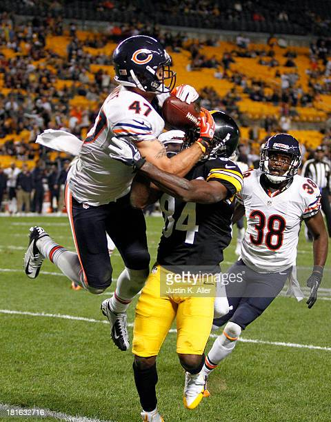 Chris Conte of the Chicago Bears breaks up a pass against Antonio Brown of the Pittsburgh Steelers during the game on September 22 2013 at Heinz...