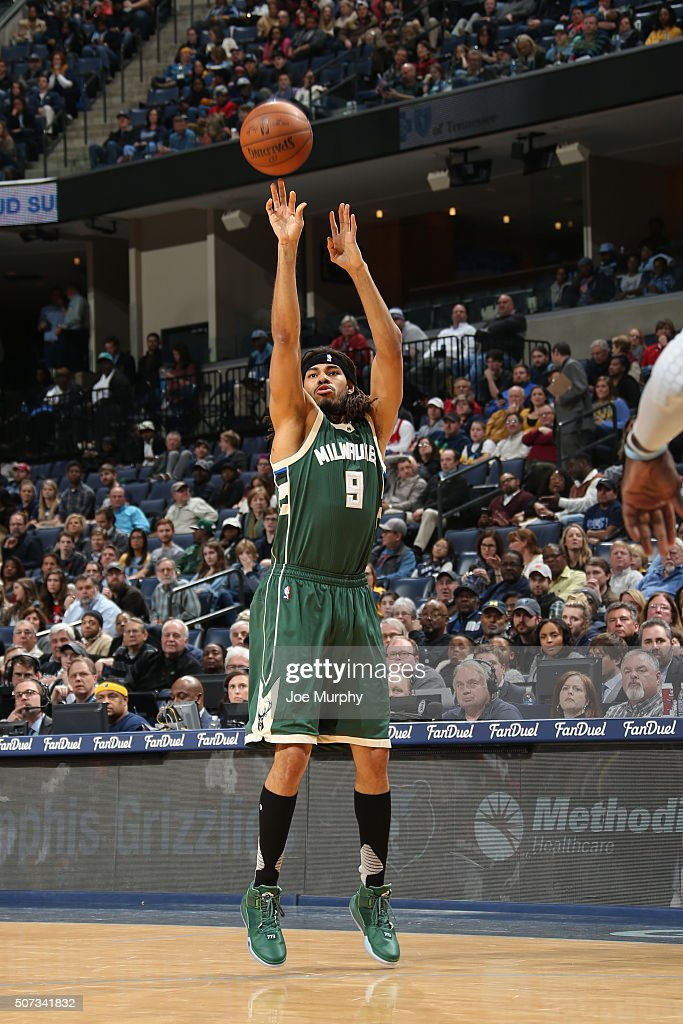 Milwaukee Bucks v Memphis Grizzlies