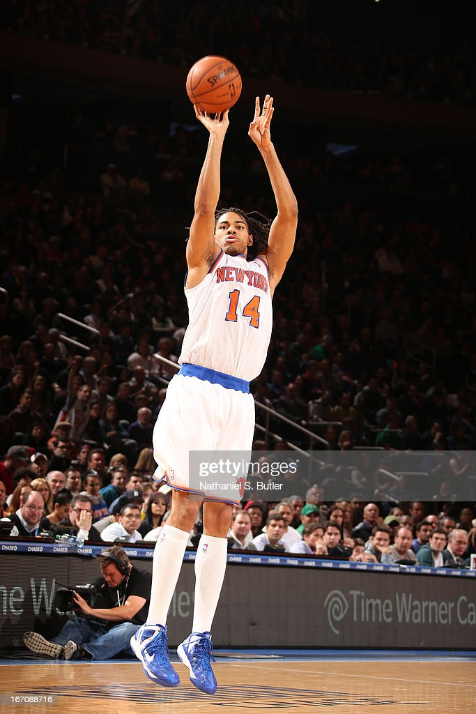 Chris Copeland #14 of the New York Knicks shoots the ball against the Boston Celtics on March 31, 2013 at Madison Square Garden in New York City.