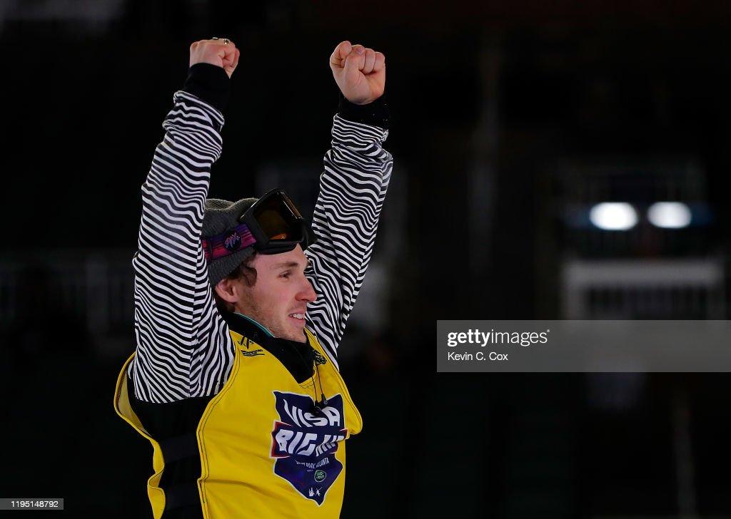 Visa Big Air - Snowboard Qualifying & Finals : News Photo