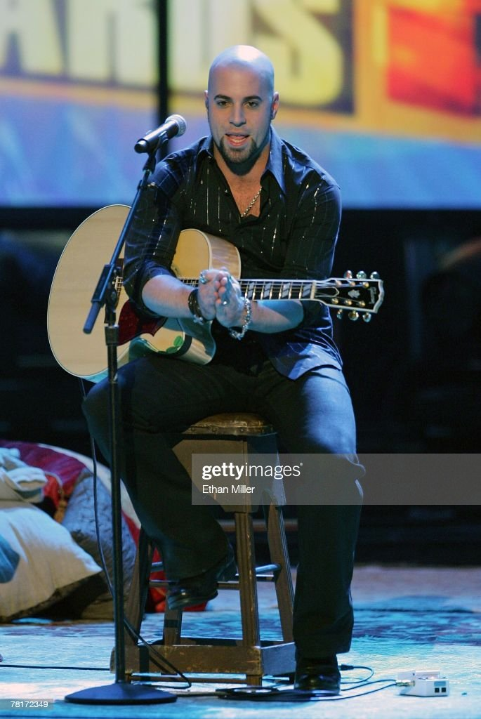 Chris Daughtry performs during the 2007 American Music Awards at the Nokia Theatre L.A. Live November 18, 2007 in Los Angeles, California.