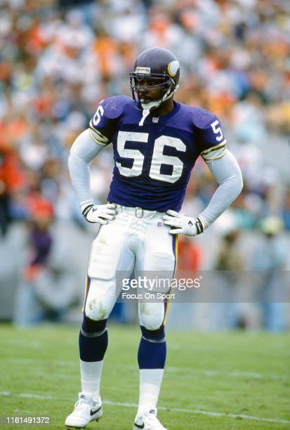 Chris Doleman of the Minnesota Vikings looks on against the Tampa Bay Buccaneers during an NFL football game November 8 1992 at Tampa Stadium in...