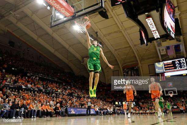 Chris Duarte of the Oregon Ducks shoots the ball during the second half against the Oregon State Beavers at Gill Coliseum on February 08 2020 in...