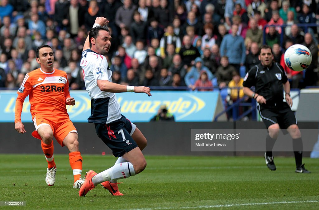 Bolton Wanderers v Swansea City - Premier League