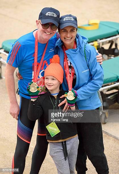 Chris Evans and wife Natasha Shishmanian with son Noah finishes the Virgin London Marathon 2016 on April 24, 2016 in London, England.