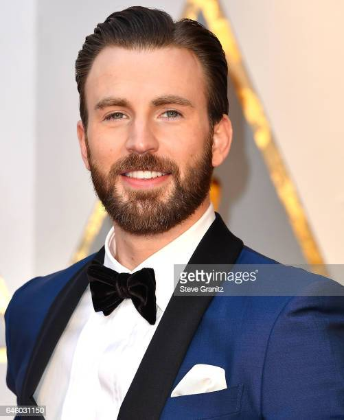 Chris Evans arrives at the 89th Annual Academy Awards at Hollywood Highland Center on February 26 2017 in Hollywood California