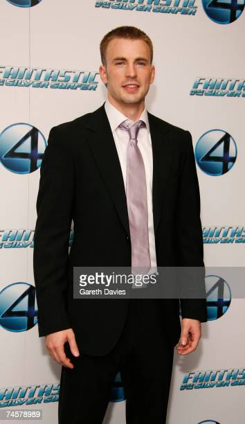 Chris Evans arrives for the premiere of 'Fantastic Four Rise Of The Silver Surfer' premiere at the Vue West End on June 12 2007 in London England