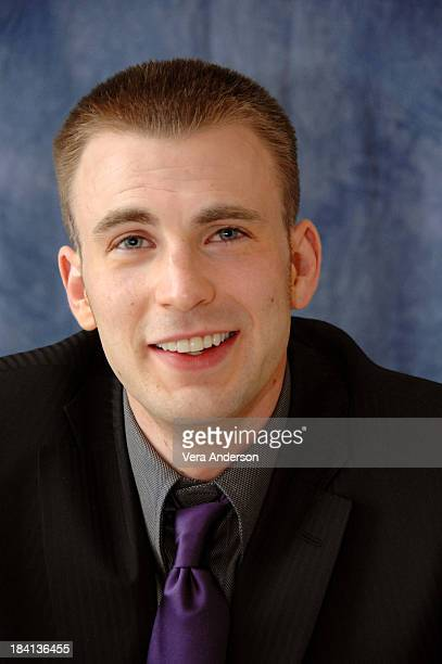 "Chris Evans during ""Fantastic Four: Rise of the Silver Surfer"" Press Conference with Jessica Alba, Ioan Gruffudd, Michael Chiklis and Chris Evans at..."
