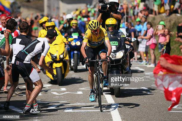 Chris Froome of Great Britain and Team Sky rides during stage ten of the 2015 Tour de France, a 167 km stage between Tarbes and La...