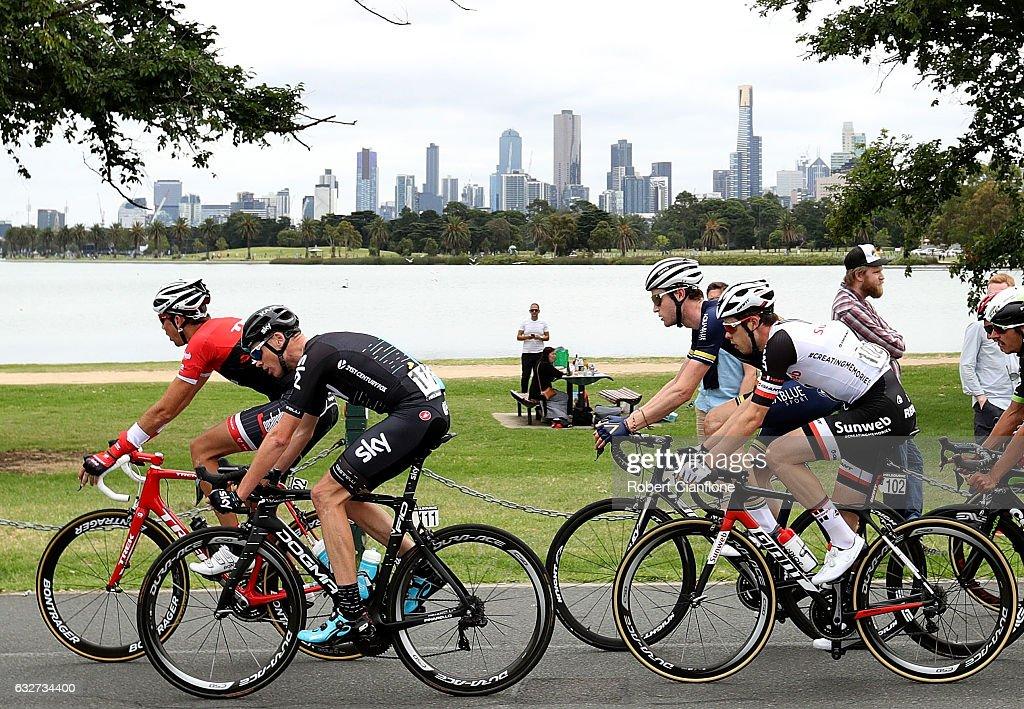 2017 Cadel Evans Great Ocean Road Race - Race Melbourne