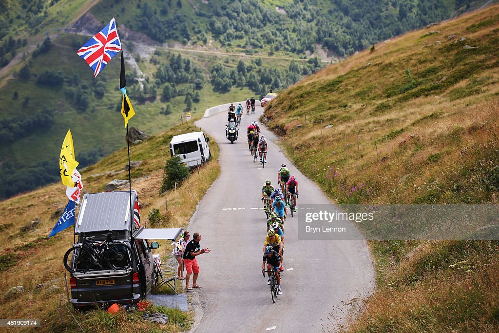 Chris Froome of Great Britain and Team Sky rides in the leaders yellow jersey during the twentieth stage of the 2015 Tour de France, a 110.5 km stage between Modane Valfrejus and L'Alpe d'Huez on July 25, 2015 in Modane Valfrejus, France.