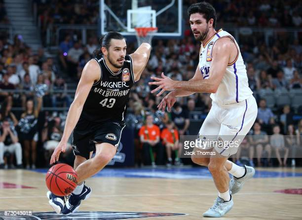 Chris Goulding of Melbourne United drives to the basket during the round six NBL match between Melbourne United and the Sydney Kings at Hisense Arena...